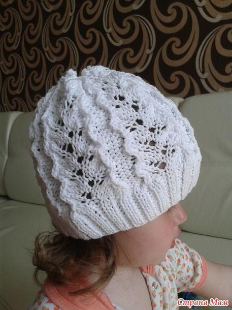 Легкая ажурная шапочка для девочки